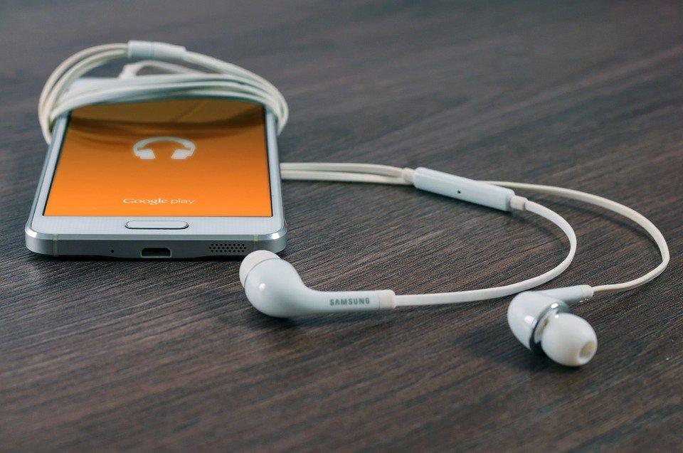 skidanje muzike na telefon